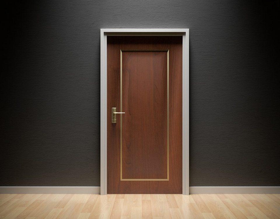 come pulire porte in legno in modo naturale